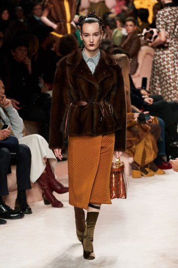 Fendi Fall 2020 Look 26