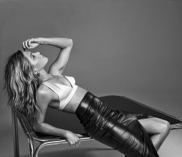 Jennifer Aniston Interview Magazine March 2020-4