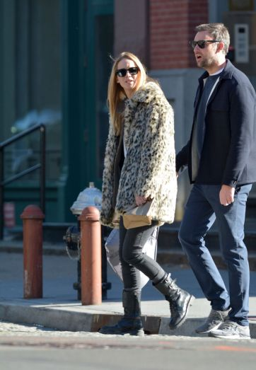 Jennifer Lawrence in J.Crew Leopard Coat-2
