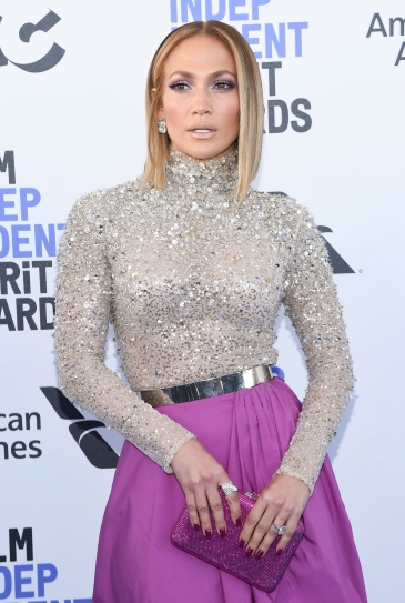 Jennifer Lopez in Valentino Pre-Fall 2020-3