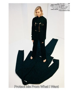 Karlie Kloss Vogue Czechoslovakia March 2020-10