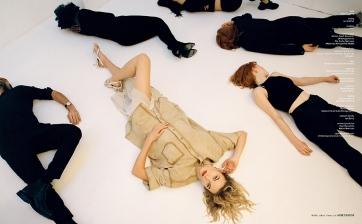 Karlie Kloss Vogue Czechoslovakia March 2020-5
