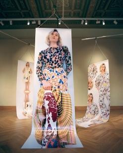 Karlie Kloss Vogue Czechoslovakia March 2020-8