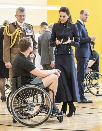 Kate Middleton in Alexander McQueen-12