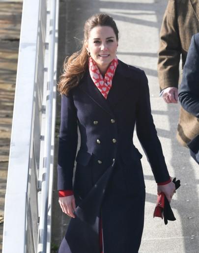 Kate Middleton in Hobbs London and Zara-6