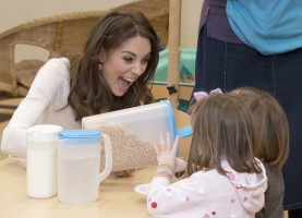 Kate Middleton in Sezane and Jigsaw-18