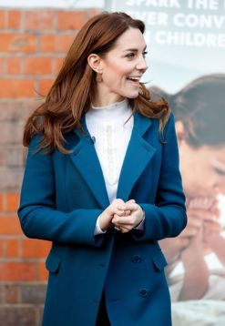 Kate Middleton in Sezane and Jigsaw-7