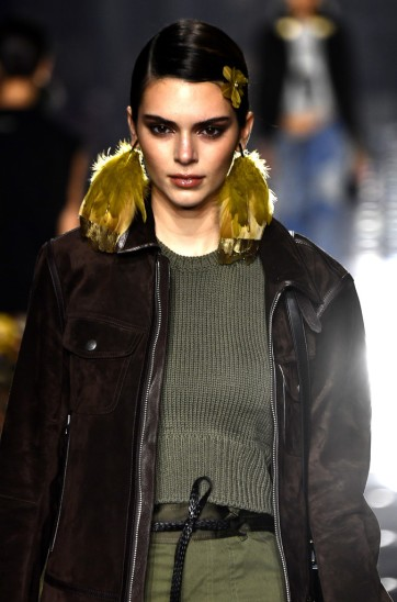 Kendall Jenner for Tom Ford Fall 2020-8