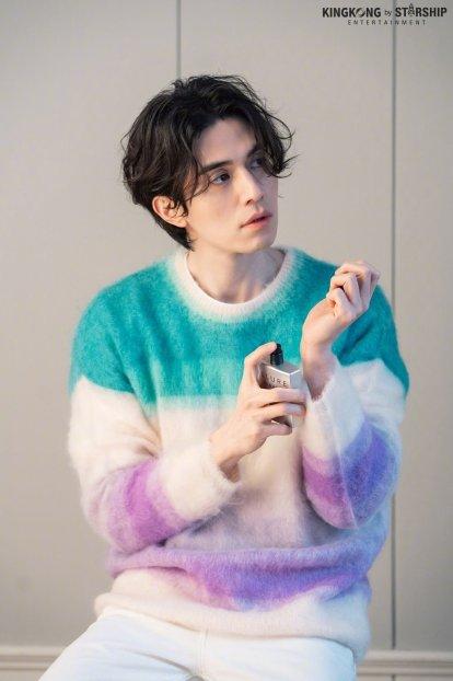Lee Dong Wook for Harper's Bazaar Korea February 2020-9