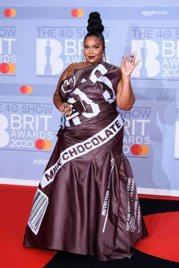 Lizzo in Moschino Fall 2014-7