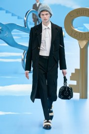 Louis Vuitton Fall 2020 Menswear Look 17