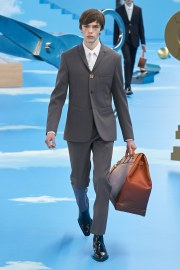 Louis Vuitton Fall 2020 Menswear Look 2