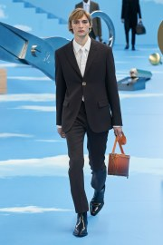 Louis Vuitton Fall 2020 Menswear Look 3