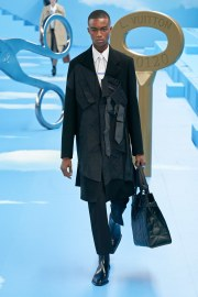 Louis Vuitton Fall 2020 Menswear Look 36