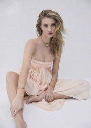 Rosie Huntington-Whiteley for Harper's Bazaar Australia March 2020-2