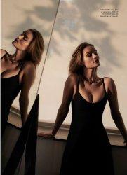 Rosie Huntington-Whiteley for Harper's Bazaar Australia March 2020-3
