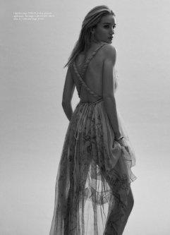 Rosie Huntington-Whiteley for Harper's Bazaar Australia March 2020-6