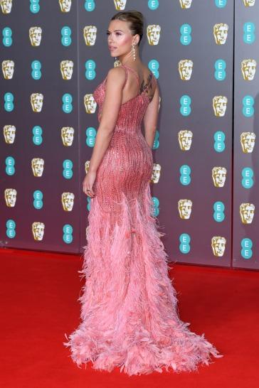 Scarlett Johansson in Atelier Versace-5