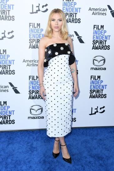 Scarlett Johansson in Balmain Pre-Fall 2020-1