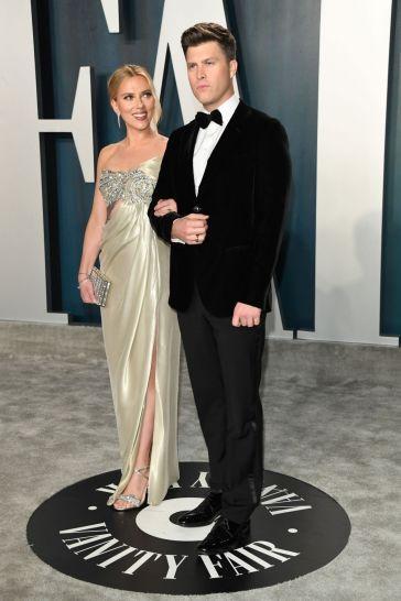 Scarlett Johansson inOscar de la Renta-1