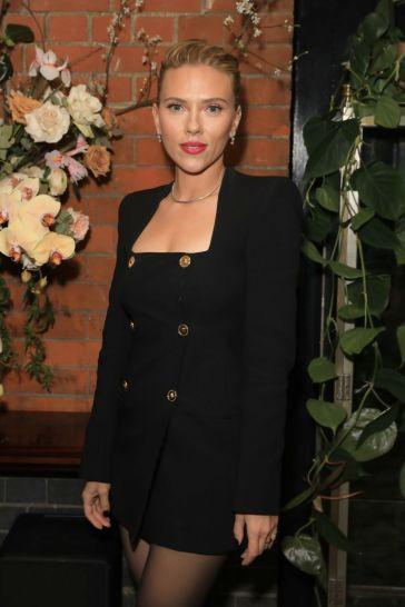 Scarlett Johansson in Versace Spring 2020-3