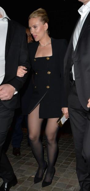 Scarlett Johansson in Versace Spring 2020-4