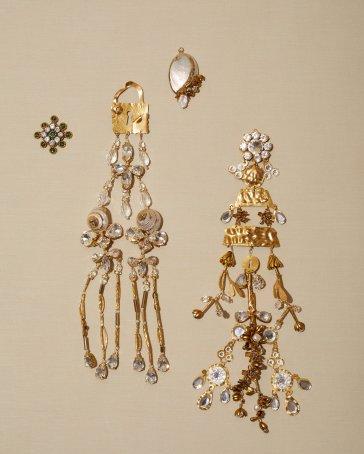 Schiaparelli Spring 2020 Couture Accessories-5