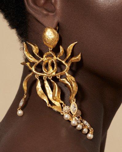 Schiaparelli Spring 2020 Couture Accessories-8