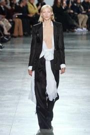 Schiaparelli Spring 2020 Couture Look 1