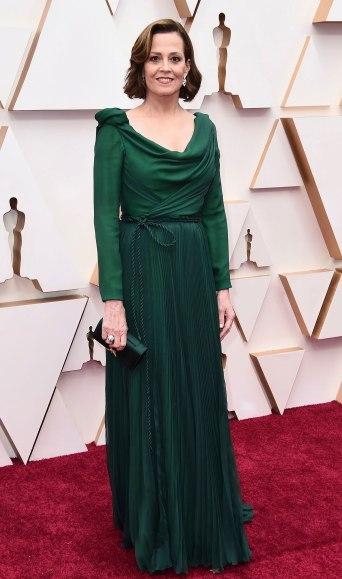 Sigourney Weaver in Dior Spring 2020 Couture-3