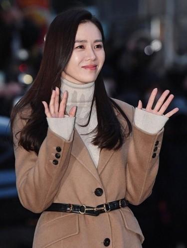 Son Ye Jin in Maje-4
