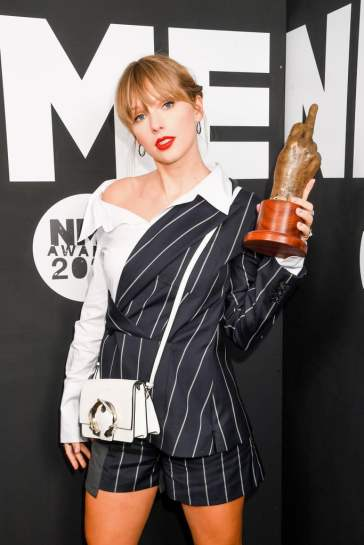 Taylor Swift in Monse Resort 2020-3