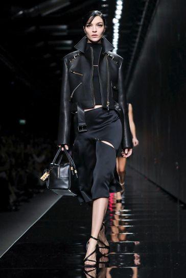 Versace Fall 2020-Mariacarla Boscono-1