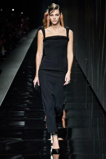 Versace Fall 2020-Vittoria Ceretti-4