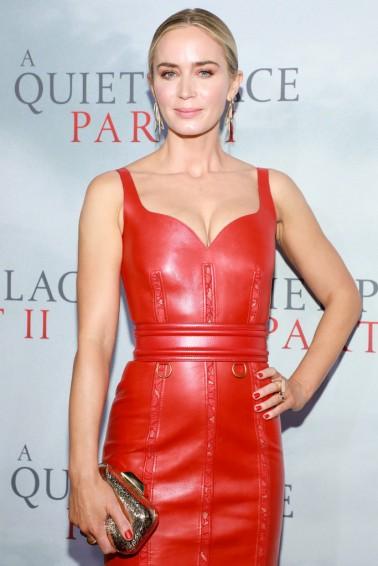 Emily Blunt in Alexander McQueen Resort 2020-3