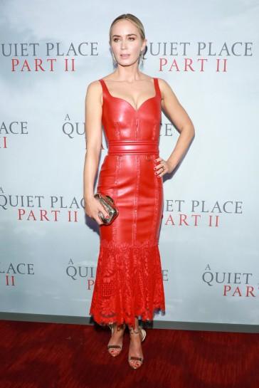 Emily Blunt in Alexander McQueen Resort 2020-5
