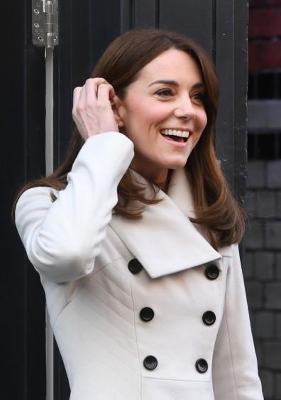 Kate Middleton in Reiss Olivia-5