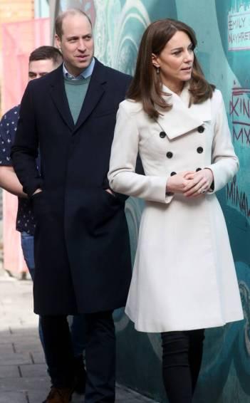 Kate Middleton in Reiss Olivia-7