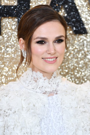 Keira Knightley in Chanel Spring 2020 Couture-5