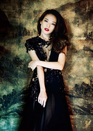 Shu Qi for ELLE Taiwan August 2012-1
