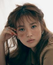 Song Hye-gyo for ELLE Singapore May 2020-4