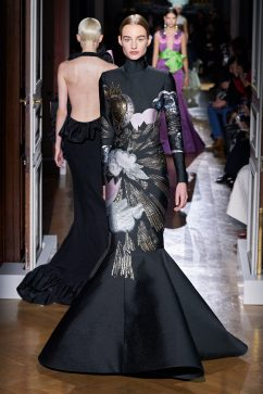 Valentino Spring 2020 Couture Look 44