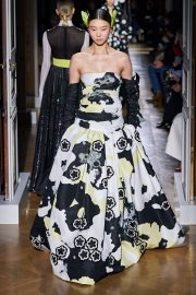 Valentino Spring 2020 Couture Look 48