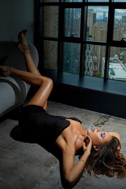 Victoria Beckham for Vogue Mexico April 2020-1