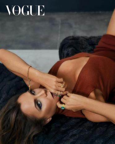 Victoria Beckham for Vogue Mexico April 2020-2
