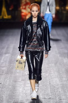 Louis Vuitton Fall 2020 Look 33