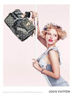 Scarlett Johansson Louis Vuitton Fall 2007 Campaign-2