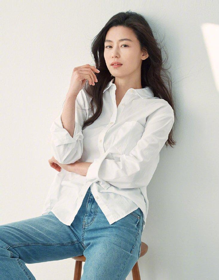 Jeon Ji-hyeon for GIORDANO Spring 2020 Campaign-14