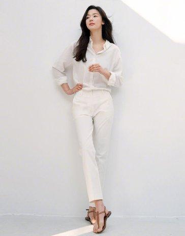 Jeon Ji-hyeon for GIORDANO Spring 2020 Campaign-9