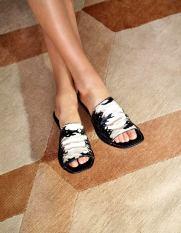 Karolina Kurkova for My Tod's Closet Spring Summer 2020-6
